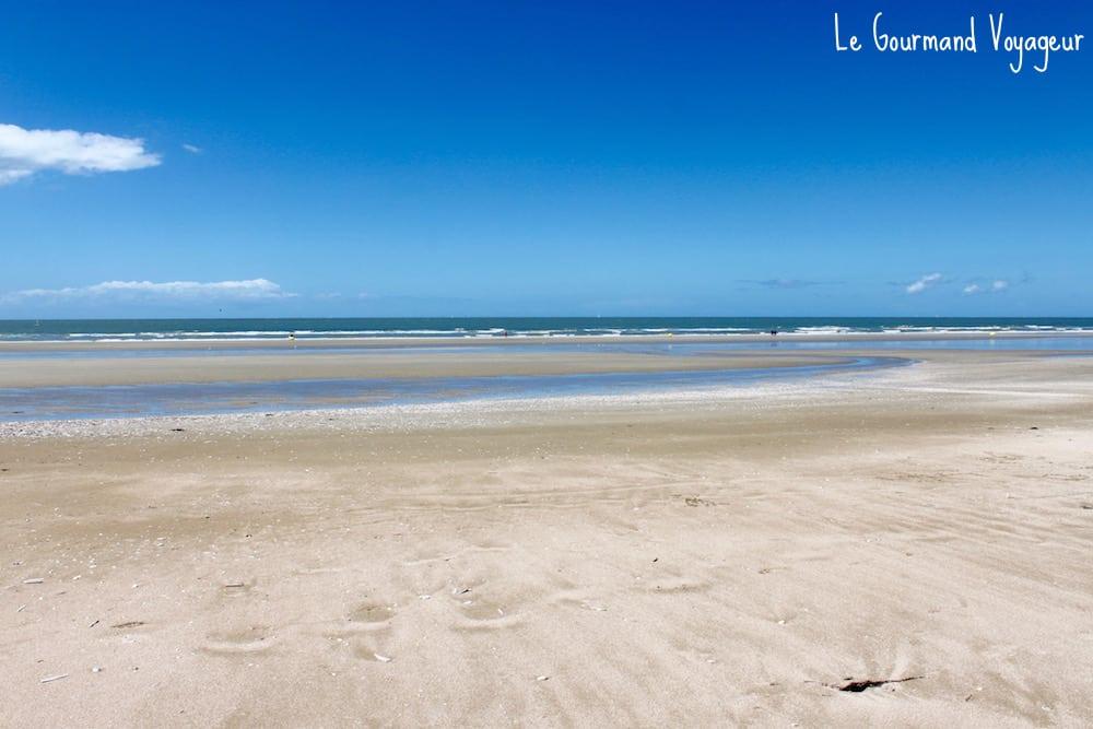Que faire à Deauville - Blog Le Gourmand Voyageur  - la belle plage de Deauville