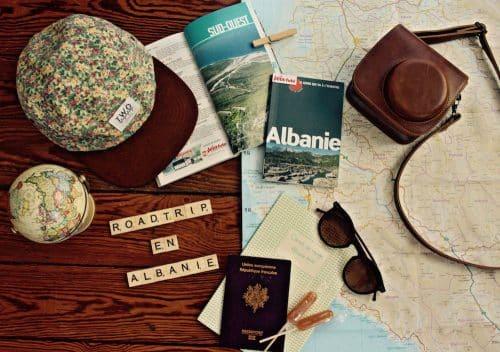 Préparatifs du road trip en Albanie