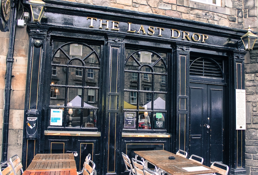 Blog le gourmand voyageur - city break Edimbourg - The Last Drop - Grassmarket